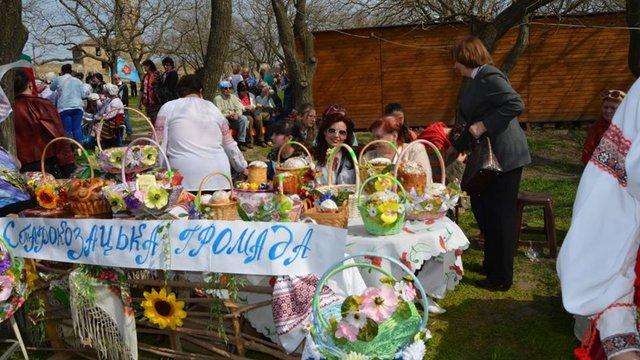 На Одещині створили найбільший в Україні великодній кошик з шістьма тисячами писанок