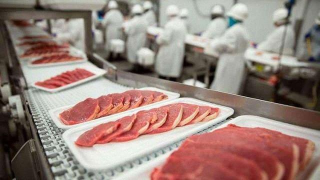 Україна в I кварталі цього року імпортувала рекордну за останні п'ять років кількість м'яса