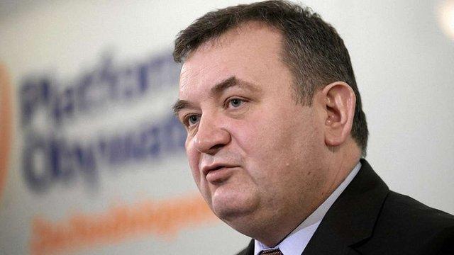 В Польщі за підозрою в корупції арештували секретаря найбільшої опозиційної партії