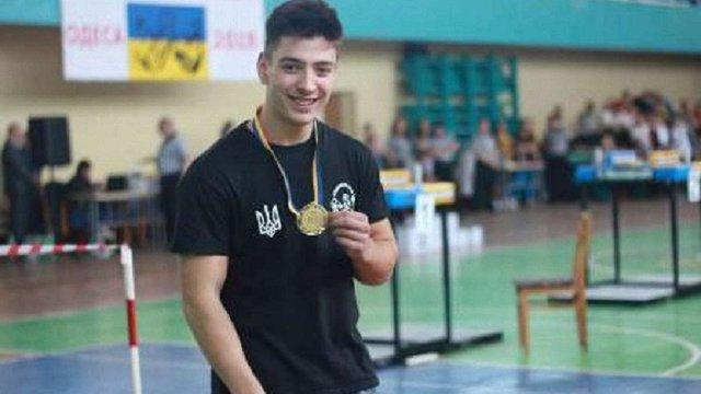 Юнак із Львівщини став абсолютним чемпіоном України з армреслінгу