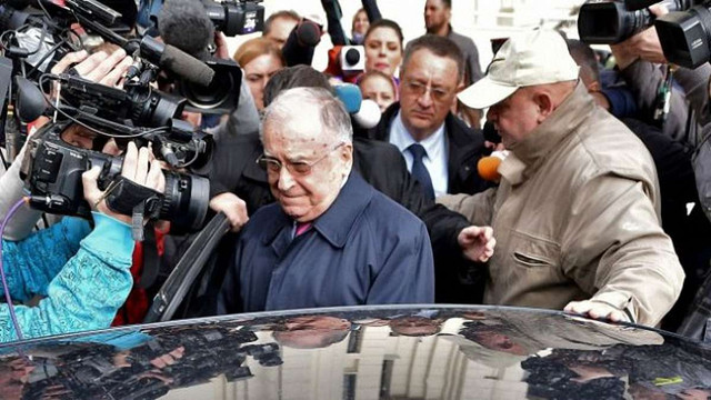 Першого президента Румунії Йона Ілієску звинуватили у злочинах проти людяності