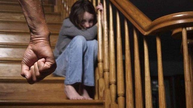 В Україні набув чинності закон про захист дітей від сексуальної експлуатації