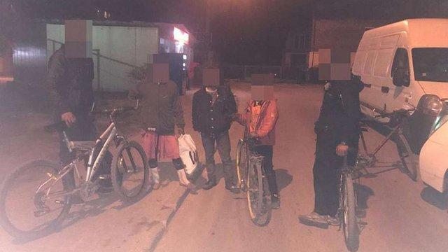 Упродовж доби львівські патрульні затримали три групи ромів за підозрою у вчиненні крадіжок