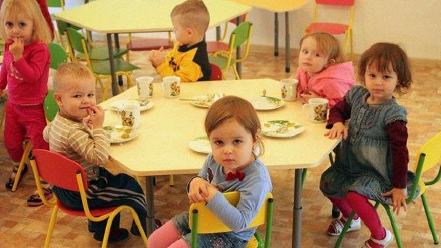 У Міносвіти роз'яснили, які довідки треба зробити для зарахування дитини у дитсадок