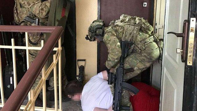 До Києва незаконно звозили зброю із зони АТО для переробки і продажу