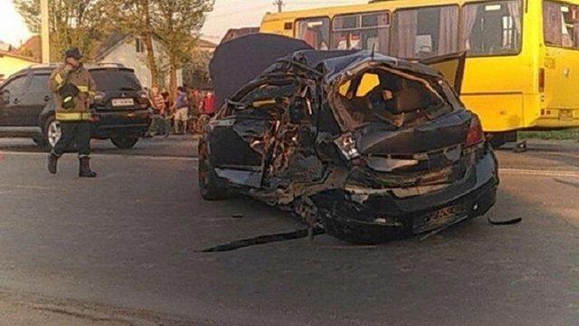 У передмісті Івано-Франківська трапилася смертельна ДТП