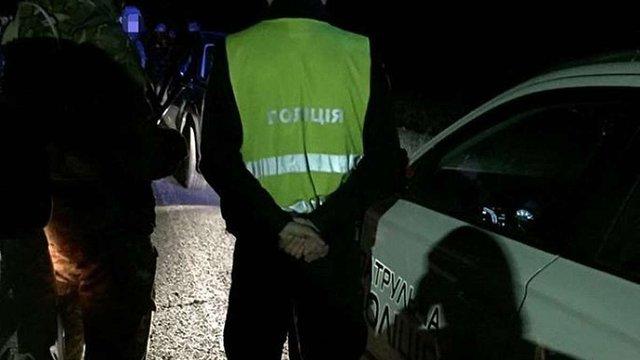 У Львові затримали двох патрульних за вимагання $300 хабара у п'яного водія