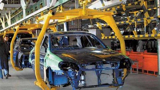 Виробництво автомобілів в Україні скоротилось у 52 рази за 10 років