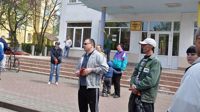 Маленькі прибирання – великі зміни: ДТЕК Добротвірська ТЕС провела акцію «Чисте місто»