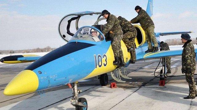 Українським військовим льотчикам підвищили заробітну плату