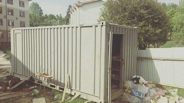 У Львові троє чоловіків вкрали електроінструменти з будови та заховали їх неподалік