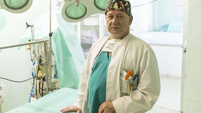 У Львові п'ять днів оперуватиме відомий дитячий хірург з Польщі Єжи Гарасимчук