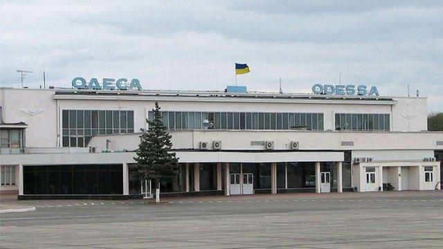 В Одесі літак здійснив екстрену посадку через погане самопочуття пасажирки