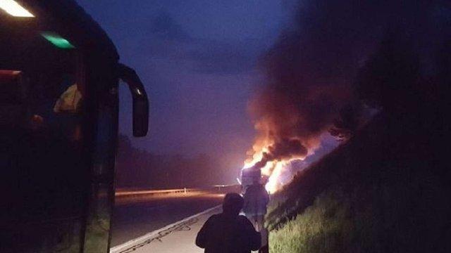 У Хорватії на трасі загорівся автобус із польськими паломниками