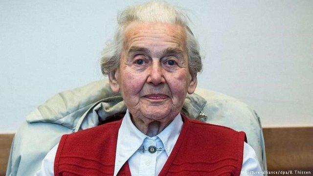 У Німеччині 89-річну жінку ув'язнили за заперечення Голокосту