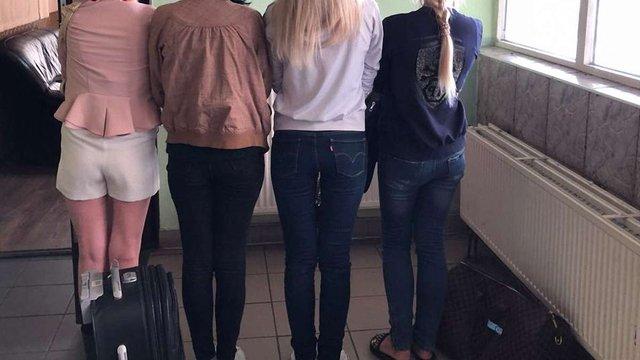 У Шегинях затримали поляка, який завербував 4 українок для роботи в секс-індустрії