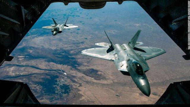 Американські винищувачі перехопили два російські бомбардувальники біля Аляски