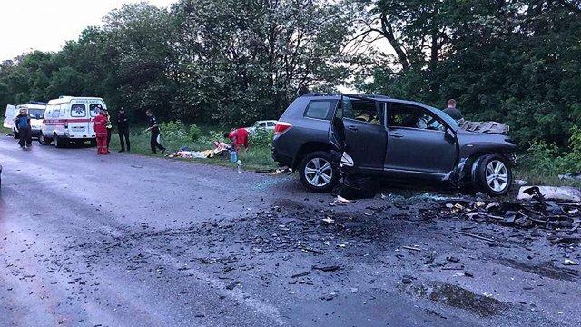 У автомобільній аварії на Кіровоградщині загинули четверо людей, серед яких малолітні діти