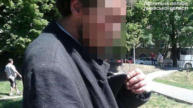 Поліція затримала злодія, що вкрав бронзовий хрест з Гарнізонного храму у Львові