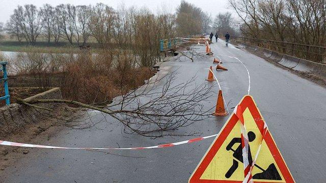 Аварійний міст через Дністер на Жидачівщині реконструюють за ₴212 млн