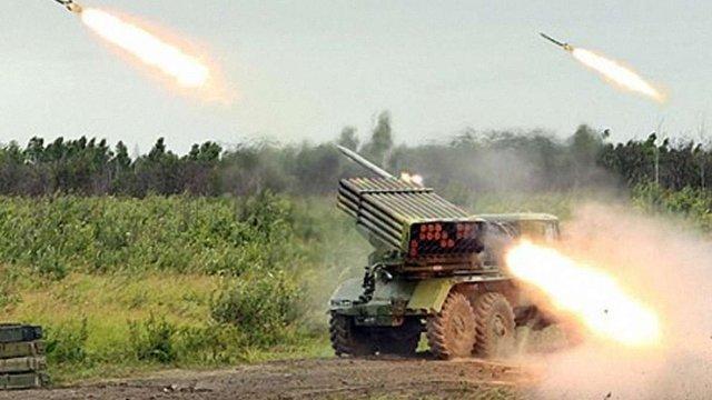 На Донбасі тривають активні бойові дії, загинуло двоє і поранені четверо бійців ЗСУ