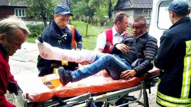 У горах на Закарпатті чоловік випав з поїзда під час руху