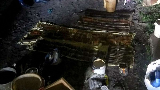 На Харківщині у 64-річного «чорного археолога» знайшли арсенал зброї часів Другої світової війни