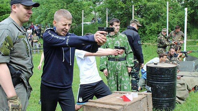 У Львові визначили найкращу шкільну команду у змаганнях «Крізь вогонь та воду»