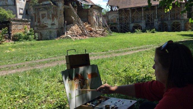 Львівські художники організовують аукціон для порятунку парку біля Поморянського замку