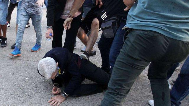 Грецькі ультраправі жорстоко побили 75-річного мера міста Салоніки