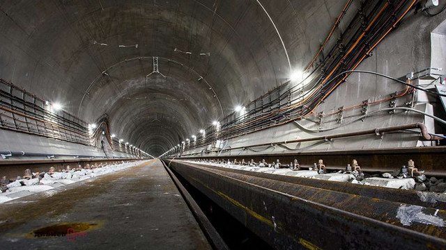 На відкриття Бескидського тунелю приїде Петро Порошенко