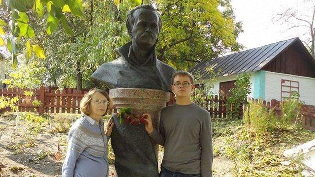 У Черкаській області вандали вкрали бронзове погруддя В'ячеслава Чорновола