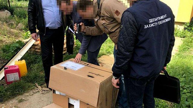 Посадовець міськради Вінниці взяв хабар опалювальною технікою