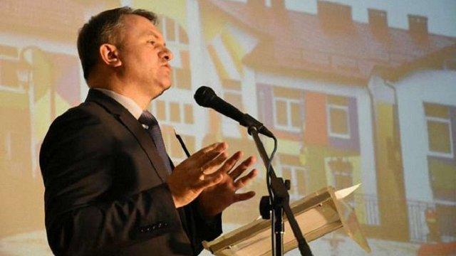 Чотирьох лікарів Львівського перинатального центру звільнили за недоліки будівельників