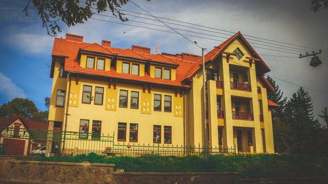 У Львові до кінця року завершать будівництво туристичної бази для школярів за ₴8 млн