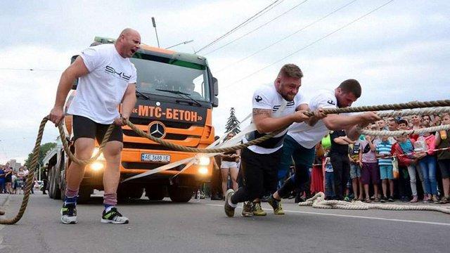 Львівські стронгмени встановили два рекорди України в один день