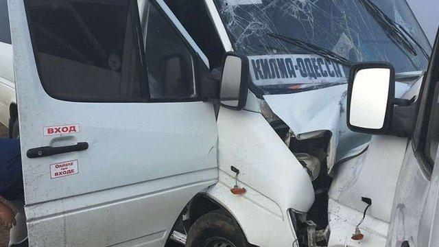 Поблизу Одеси сталася смертельна ДТП за участю маршрутки