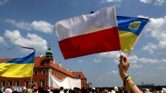 У Польщі значно зросла неприязнь до українців і німців
