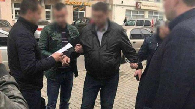 Суд оштрафував на ₴12,7 тис. заступника начальника Сихівського відділу поліції за хабар