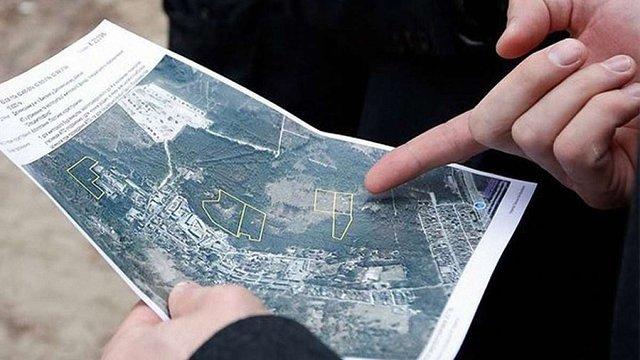 На Львівщині голову сільради викрили в підробці документів та незаконному відчуженні землі