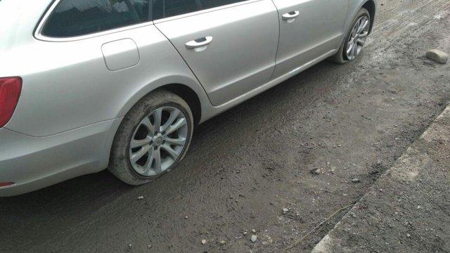 Інженера «Львівоблавтодору» оштрафували на ₴850 за яму на дорозі Київ-Чоп