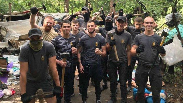 У Києві роми пішли з лісового табору після погроз з боку «Національних дружин»