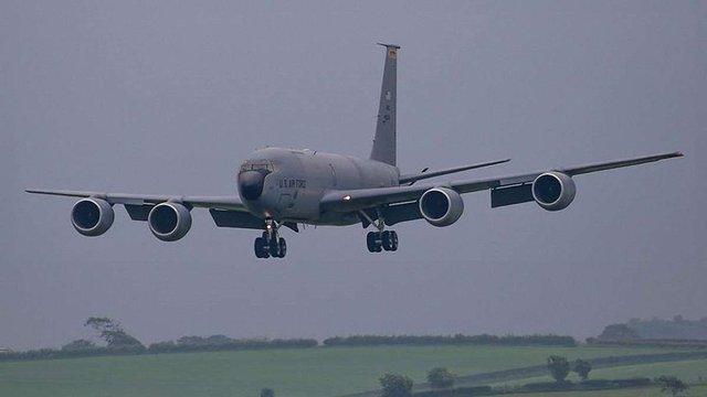 До Львова прилетіли п'ять американських військових літаків KC-135 Stratotanker