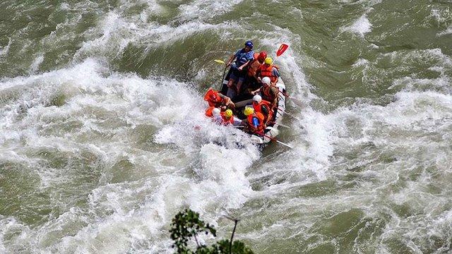 Українські туристи загинули під час сплаву річкою у горах Грузії, – ЗМІ