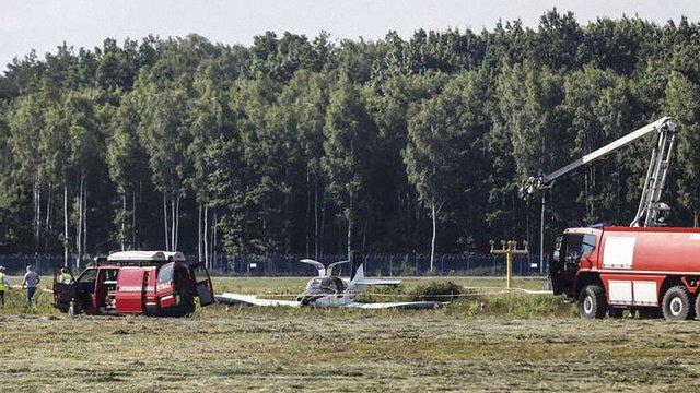 Польська поліція назвала попередню причину авіакатастрофи літака Юрія Чижмаря