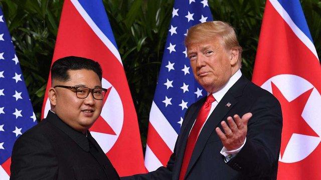 Відбулась історична зустріч між Дональдом Трампом та Кім Чен Ином