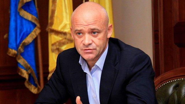 Суд дозволив підслідчому меру Одеси Генадію Труханову виїжджати за кордон