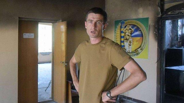 У Маріуполі підполковнику ДПСУ зламали щелепу за прохання надати меню українською мовою