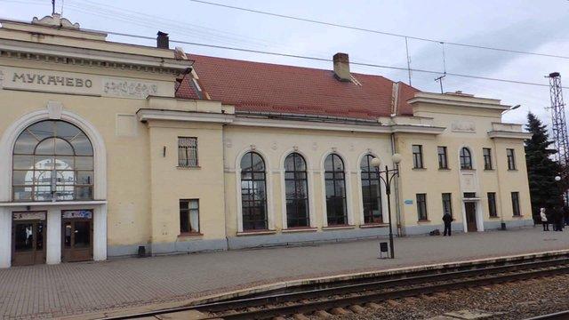 Кравцов розповів подробиці про запуск прямого потяга з Мукачева до Будапешта