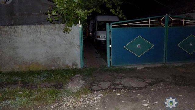 Поліція затримала чотирьох азербайджанців за напад на двох літніх осіб у Бродівському районі